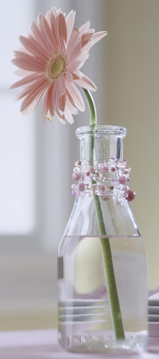Бутылочка с ожерельем